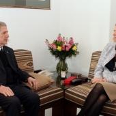 Photo 21 of 57 - الرئيس الجميّل يلتقي سفيرة استراليا ربيكا غريندلاي 19/2/2019