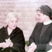 Photo 20 of 35 - Cheikha Genevieve et Sr Arzeh 1986