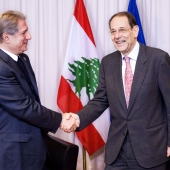 Photo 148 of 152 - Former Pr.Amine Gemayel Meets High Representative of The (1)