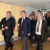 Photo 124 of 152 - Former Pr.Amine Gemayel meets Minister Elie Marouni.